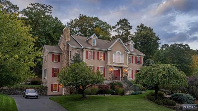 46 Overlook Ridge, Oakland, NJ 07436 (MLS #21041522) :: Kiliszek Real Estate Experts