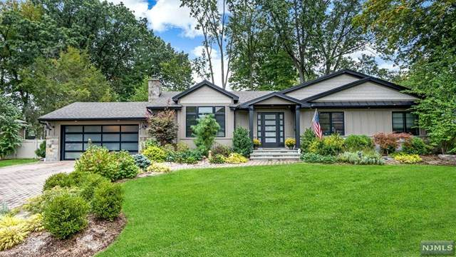 273 Magnolia Avenue, Cresskill, NJ 07626 (#21041526) :: NJJoe Group at Keller Williams Park Views Realty