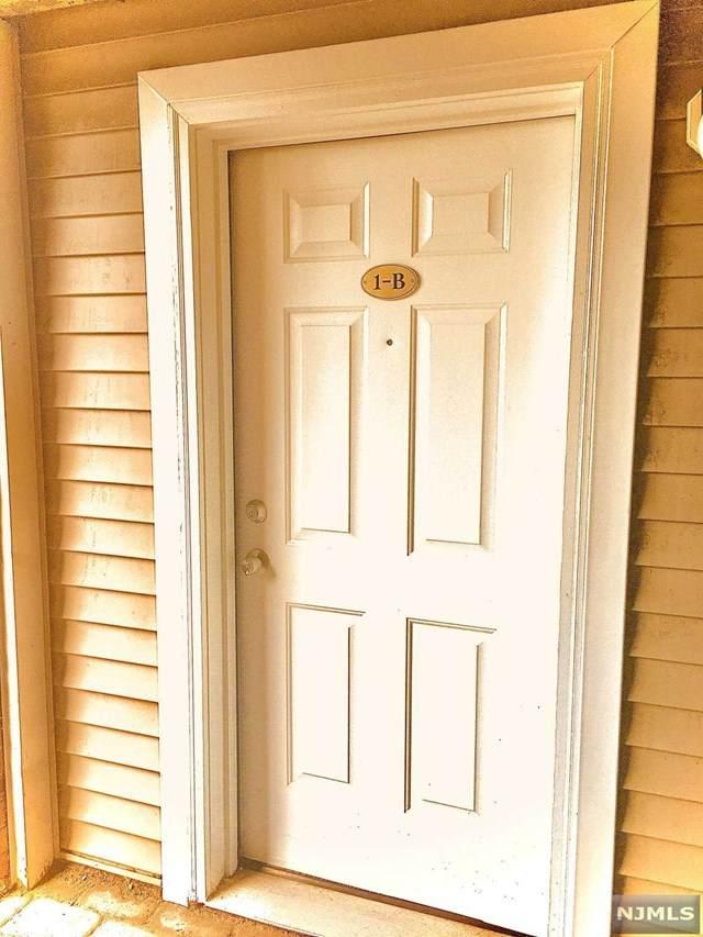 428 Grand Avenue 1B, Palisades Park, NJ 07650 (MLS #21041541) :: Kiliszek Real Estate Experts