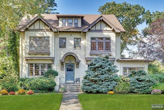 94 Heights Road, Ridgewood, NJ 07450 (#21041685) :: NJJoe Group at Keller Williams Park Views Realty