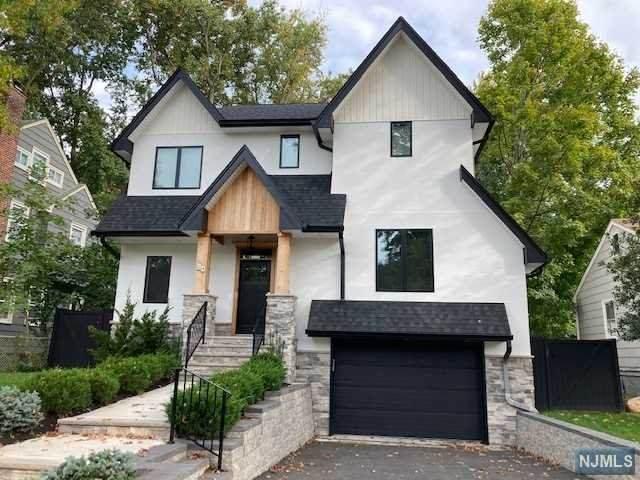 24 Stephen Street, Montclair, NJ 07042 (#21041862) :: NJJoe Group at Keller Williams Park Views Realty