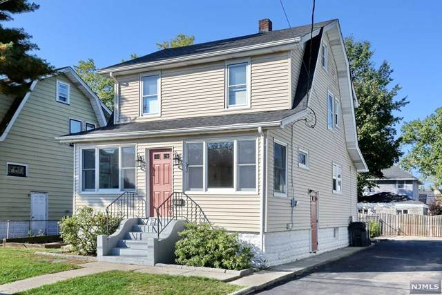 26 S Taylor Street, Bergenfield, NJ 07621 (MLS #21042092) :: Corcoran Baer & McIntosh