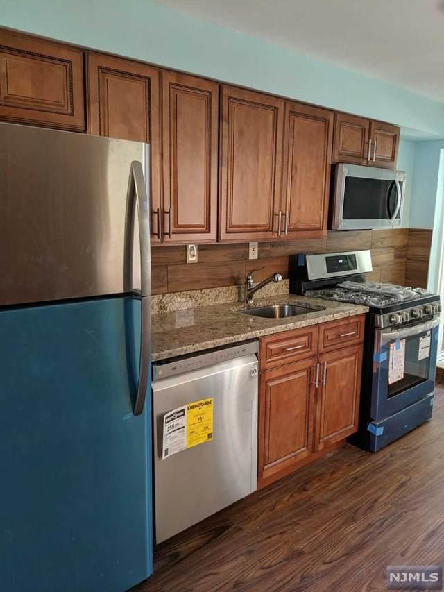 18 Blakely Place, Garfield, NJ 07026 (MLS #21042133) :: Team Braconi | Christie's International Real Estate | Northern New Jersey