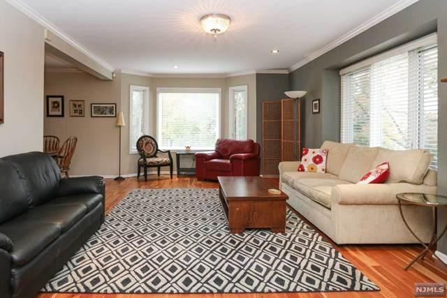 78 Blackburne Terrace, West Orange, NJ 07052 (#21042192) :: NJJoe Group at Keller Williams Park Views Realty