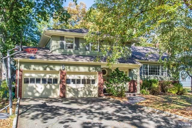 33 Cavell Place, West Caldwell, NJ 07006 (#21042199) :: NJJoe Group at Keller Williams Park Views Realty
