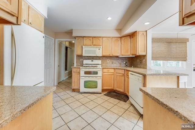 374 Harding Avenue, Lyndhurst, NJ 07071 (#21042335) :: NJJoe Group at Keller Williams Park Views Realty