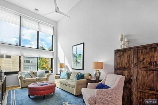 518-536 Gregory Avenue #216, Weehawken, NJ 07086 (#21042388) :: NJJoe Group at Keller Williams Park Views Realty
