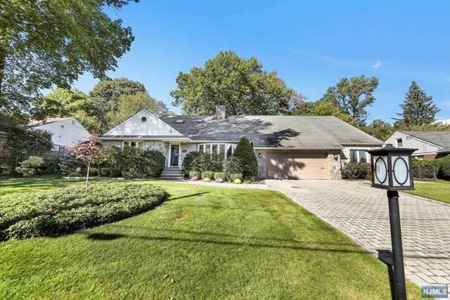 104 Pearl Brook Drive, Clifton, NJ 07013 (MLS #21042399) :: Kiliszek Real Estate Experts