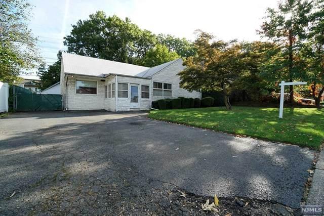 16-40 Eberlin Drive, Fair Lawn, NJ 07410 (#21042411) :: NJJoe Group at Keller Williams Park Views Realty