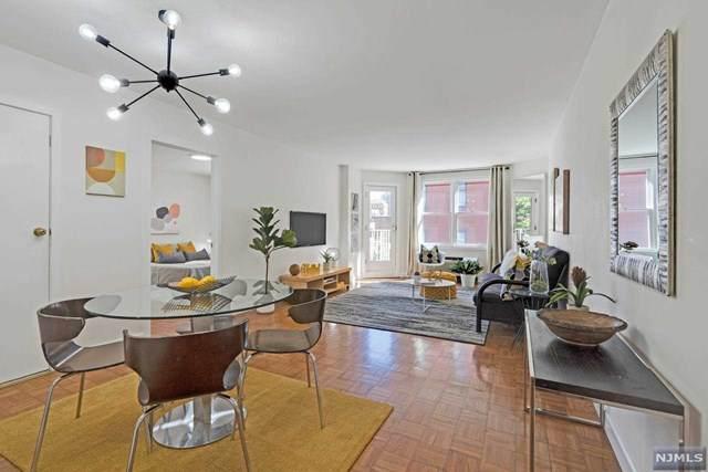 242 Barrow Street, Jersey City, NJ 07302 (MLS #21042426) :: Provident Legacy Real Estate Services, LLC