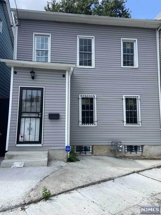 101 Holsman Street, Paterson, NJ 07522 (MLS #21042493) :: Kiliszek Real Estate Experts