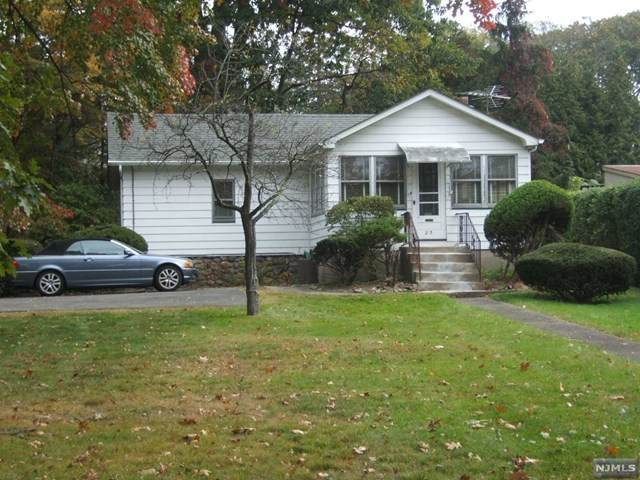 23 Hewson Avenue, Waldwick, NJ 07463 (MLS #21042579) :: Team Braconi   Christie's International Real Estate   Northern New Jersey