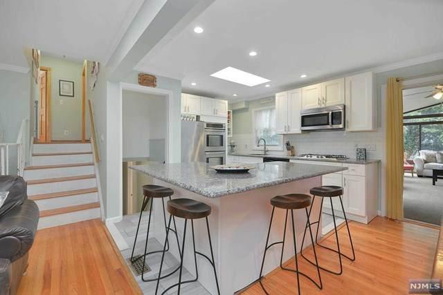 10 Summit Avenue, Waldwick, NJ 07463 (MLS #21042663) :: Corcoran Baer & McIntosh