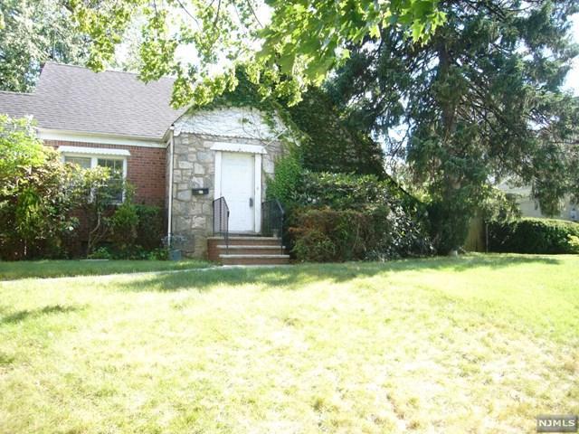 455 Bergen Blvd, Oradell, NJ 07649 (#1725112) :: RE/MAX Properties