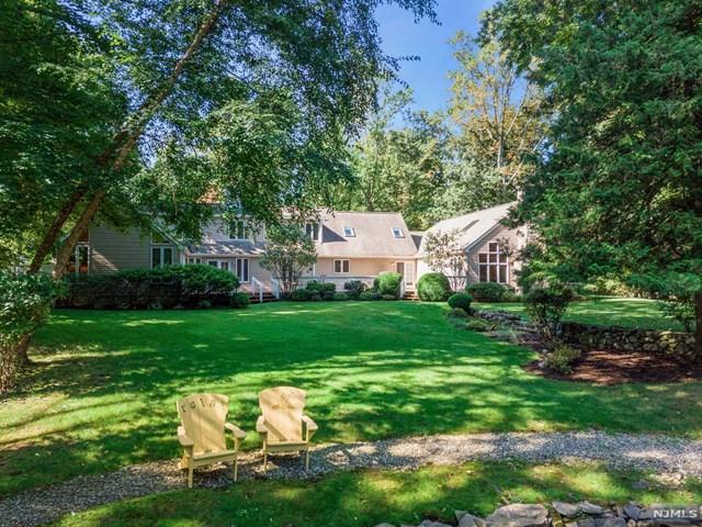 64 Great Hills Rd, Millburn, NJ 07078 (MLS #1736688) :: The Dekanski Home Selling Team