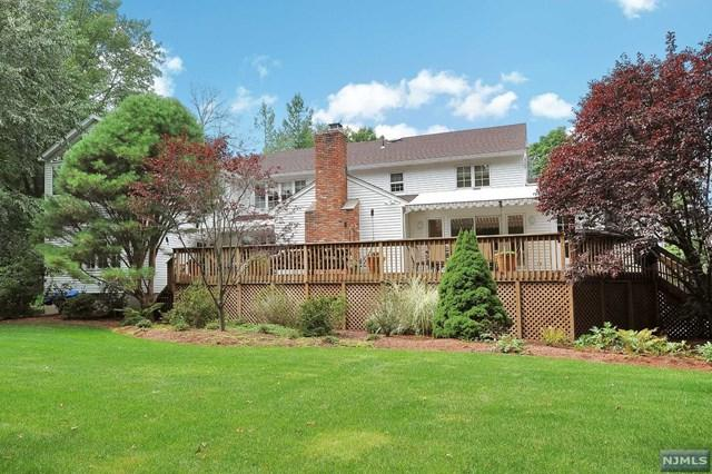 70 Dyer Ct, Norwood, NJ 07648 (MLS #1740856) :: William Raveis Baer & McIntosh
