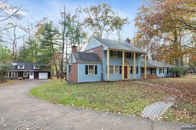 44 Locust Ln, Upper Saddle River, NJ 07458 (#1744090) :: RE/MAX Properties