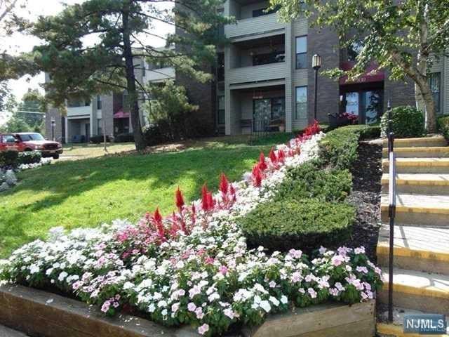 7G River Rd, Nutley, NJ 07110 (MLS #1744864) :: The Dekanski Home Selling Team