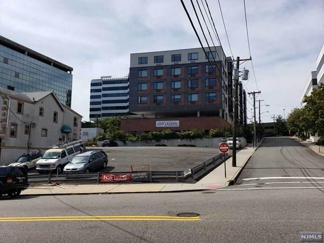 2153 Hudson Terrace - Photo 1