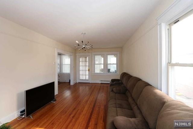 423 Washington Terrace, Leonia, NJ 07605 (MLS #1810051) :: William Raveis Baer & McIntosh
