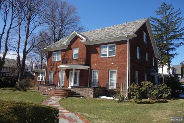 662 Queen Anne Road, Teaneck, NJ 07666 (#1810403) :: Group BK