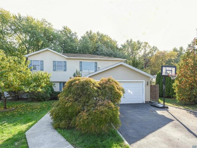 133 Eagle Drive, Emerson, NJ 07630 (MLS #1813158) :: William Raveis Baer & McIntosh