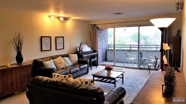 364 Palisade Avenue 3D, Cliffside Park, NJ 07010 (#1819937) :: Group BK