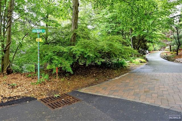 8 Dogwood Lane, Woodcliff Lake, NJ 07677 (#1820285) :: RE/MAX Properties