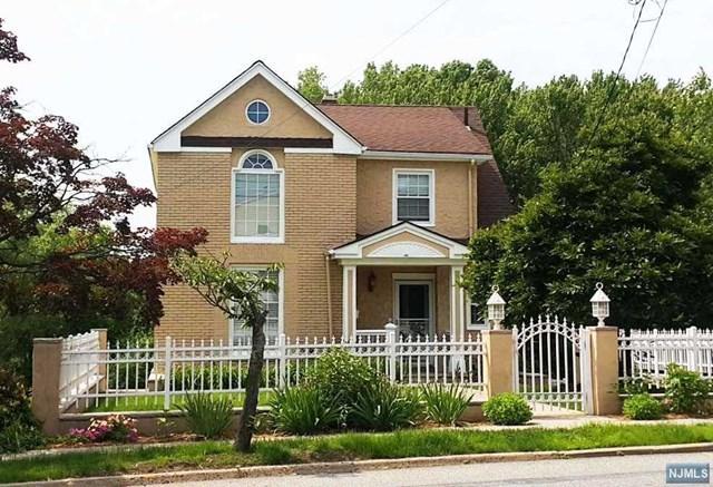 126 Grand Avenue, Leonia, NJ 07605 (MLS #1823049) :: William Raveis Baer & McIntosh