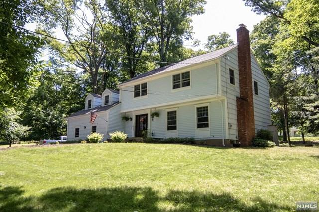 12 Redwood Road, Bridgewater, NJ 08836 (#1823447) :: RE/MAX Properties