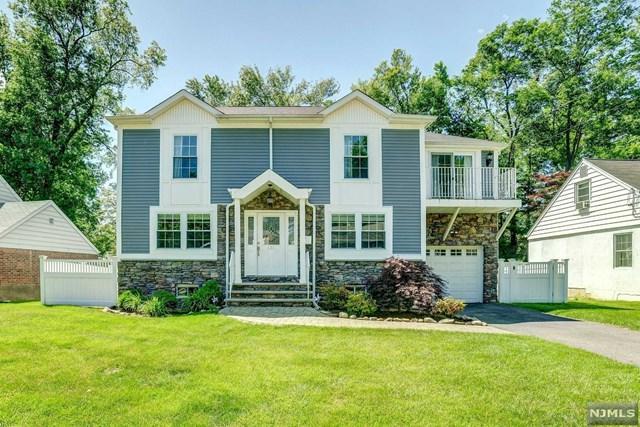 431 The Fenway, River Edge, NJ 07661 (#1828957) :: RE/MAX Properties
