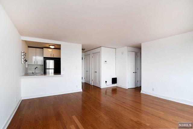 Union City, NJ 07087 :: RE/MAX Properties