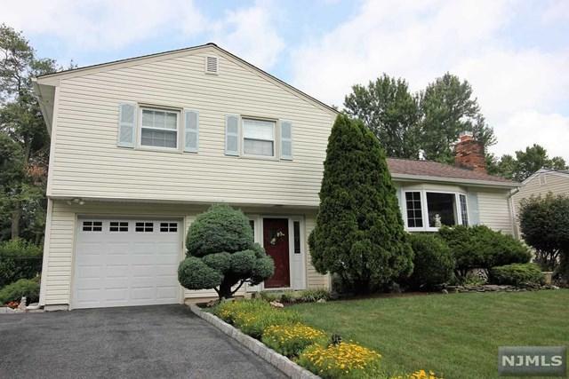 28 Rhonda Place, Wanaque, NJ 07465 (MLS #1829931) :: William Raveis Baer & McIntosh