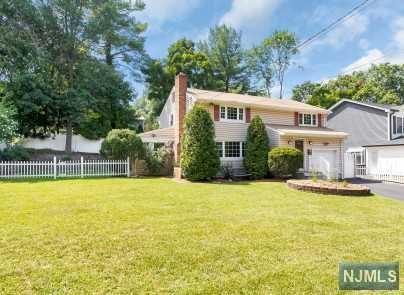 96 Sheridan Avenue, Waldwick, NJ 07463 (#1830408) :: RE/MAX Properties