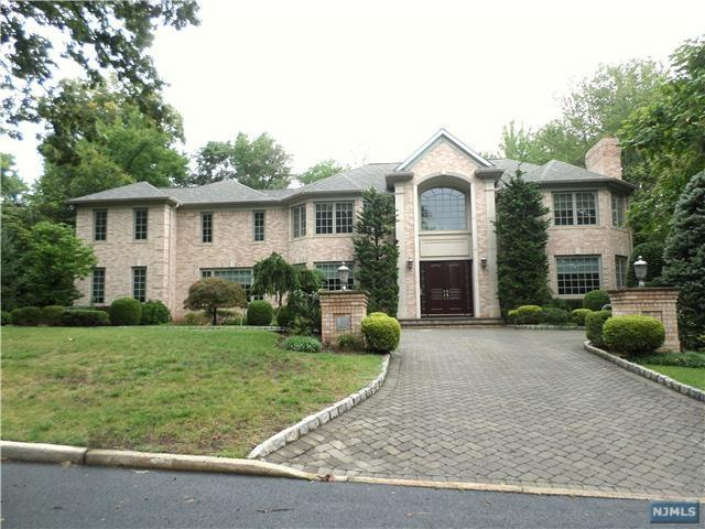 30 Booth Avenue, Englewood Cliffs, NJ 07632 (#1836923) :: Group BK