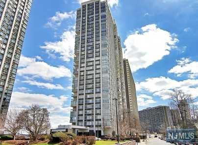 1600 Parker Avenue 19J, Fort Lee, NJ 07024 (#1838945) :: Group BK