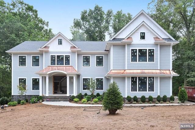 796 Birchwood Drive, Wyckoff, NJ 07481 (#1839436) :: RE/MAX Properties