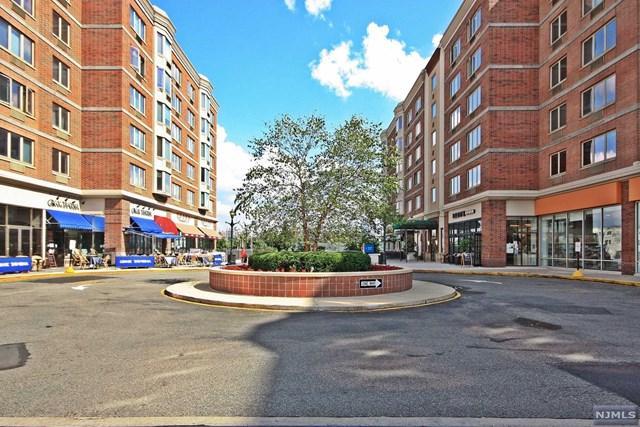 6502 City Place, Edgewater, NJ 07020 (#1839476) :: Group BK