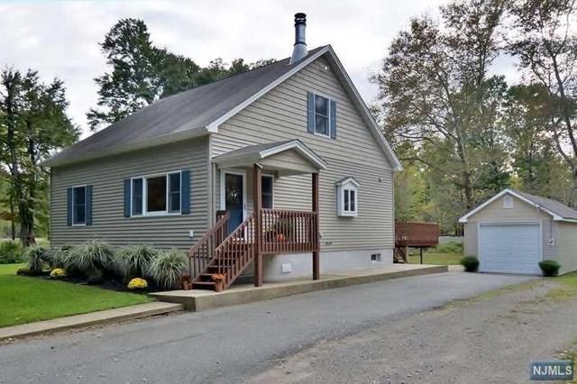 33 Harrison Road, Pequannock Township, NJ 07444 (MLS #1842190) :: William Raveis Baer & McIntosh