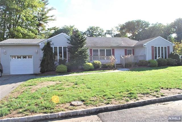 8 Morningside Circle, Little Falls, NJ 07424 (#1842203) :: RE/MAX Properties