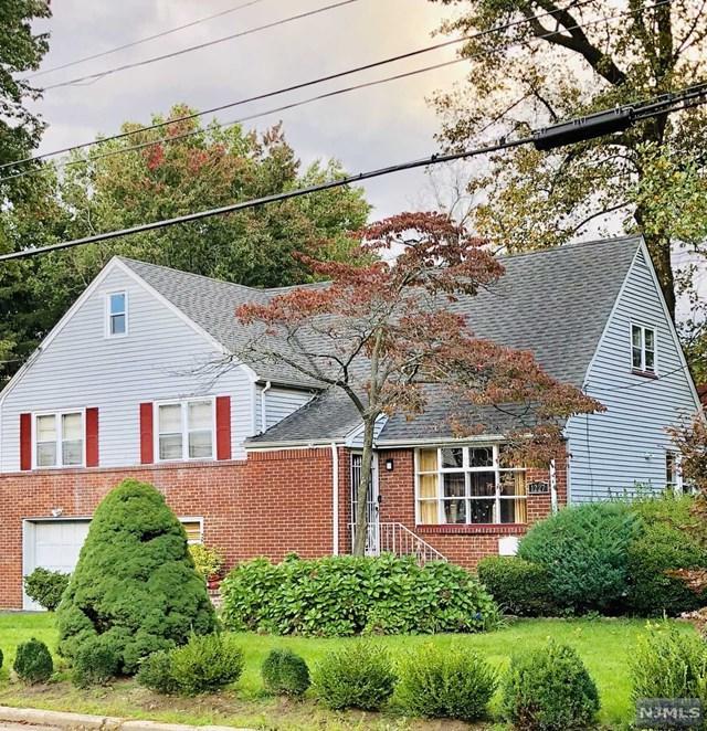 1227 Alicia Avenue, Teaneck, NJ 07666 (MLS #1843344) :: The Dekanski Home Selling Team