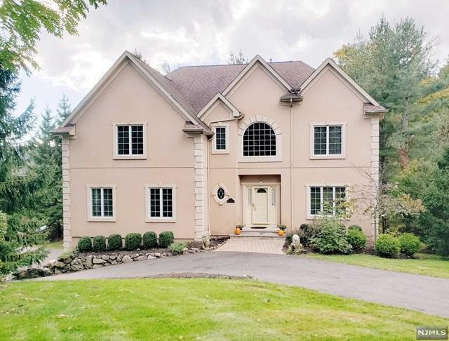 1 Boland Court, Mahwah, NJ 07430 (MLS #1843822) :: The Dekanski Home Selling Team