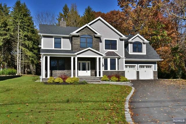 1154 Washington Avenue, Twp Of Washington, NJ 07676 (#1845980) :: RE/MAX Properties
