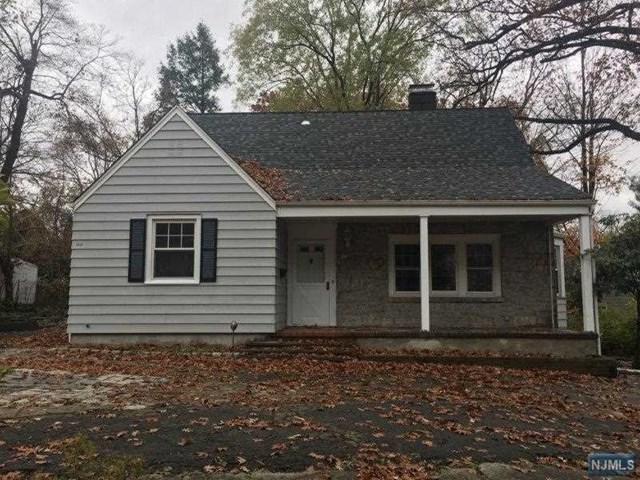 50 Linwood Avenue, Paramus, NJ 07652 (#1846436) :: RE/MAX Properties