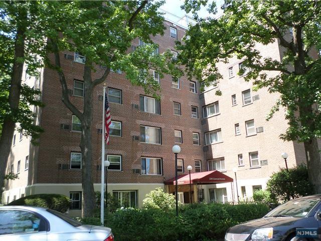 2345 Linwood Avenue 5E, Fort Lee, NJ 07024 (#1846982) :: Group BK