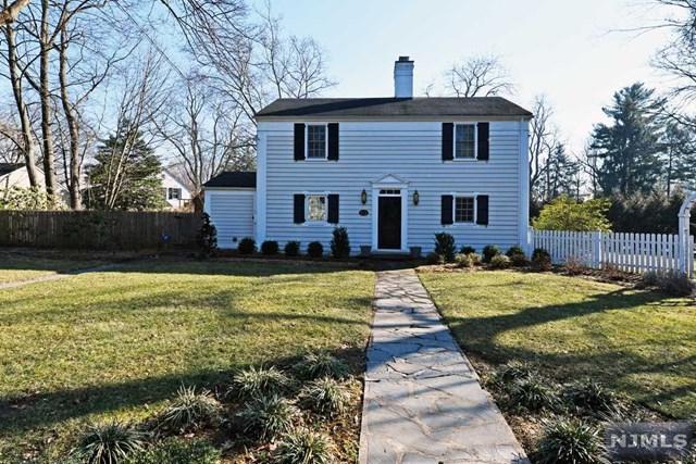 2 Pinecrest Road, Ho-Ho-Kus, NJ 07423 (#1904380) :: Berkshire Hathaway HomeServices Abbott Realtors