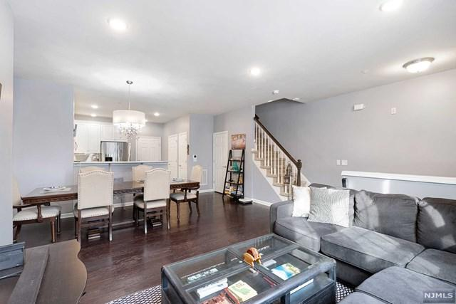109 Wesmont Drive, Wood Ridge, NJ 07075 (MLS #1904422) :: William Raveis Baer & McIntosh