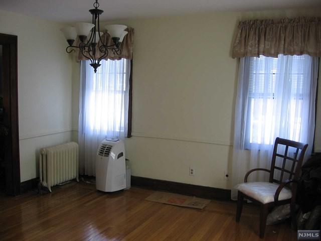 336 W Ivy Lane, Englewood, NJ 07631 (#1906790) :: Group BK