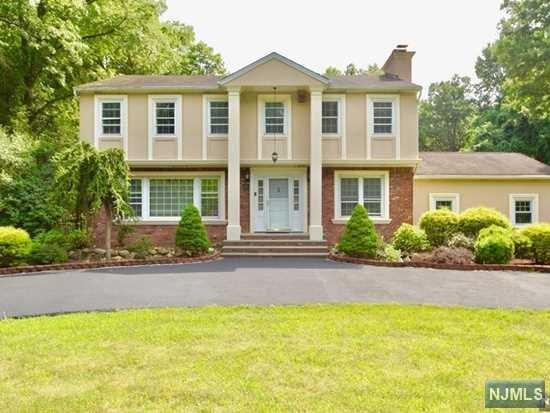 256 Broadway, Norwood, NJ 07648 (MLS #1910393) :: Team Francesco/Christie's International Real Estate