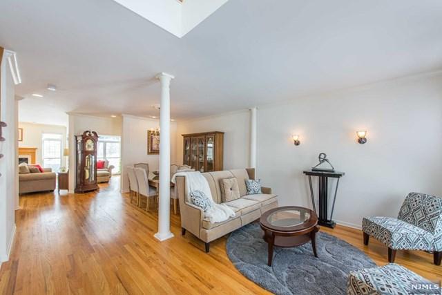 15 Rolling Views Drive, Woodland Park, NJ 07424 (#1915822) :: Berkshire Hathaway HomeServices Abbott Realtors